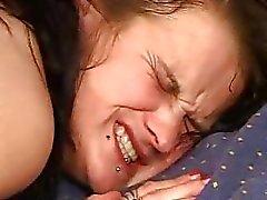 maduro fica punhos por um adolescente enquanto sujeito fodido o rabo