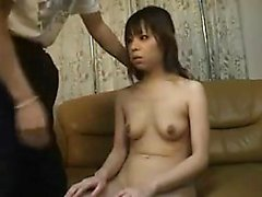 Asian amatör flickvän ger en avsugning POV HD