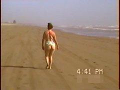 Culona en playa y en la cama - 44-exhib-culo