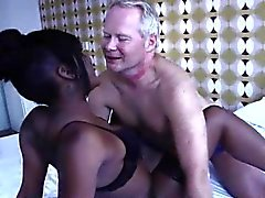 Type amateurs paye black le talonneur des rapports sexuels d'Amsterdam