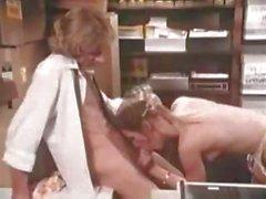 Классический пожилые мамаша офиса секса