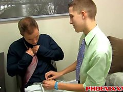 Dylan Chambers e Tyler batem duro no trabalho