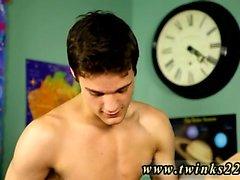 Gay twink diaper orjapoika Krys Pérez on kurinpidollisista prof