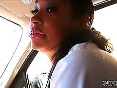 Strassen Nutte Schwanz lutschen im Auto