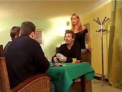 Elsa blonde vrouw geneukt door twee man vriend