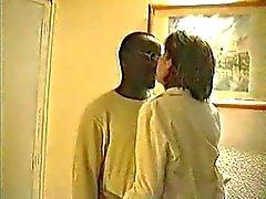 Cocu - Trois mecs noires rejoindre a mûre des rapports sexuels