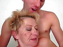 Young man fucks hot granny pretty hard