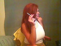 Big Tit Rökning Redhead