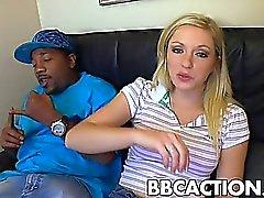 Encher apertada vagina a BBC