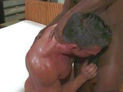 BBC impales blanco bodybuilde