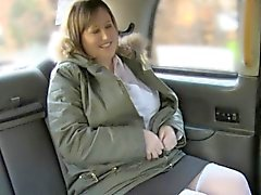 Sticky facial for fat mature lady in taxi
