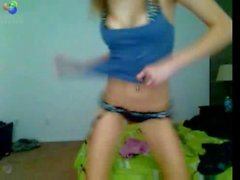 Geeky Teen Teases on Cam and gets freaky