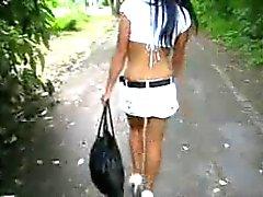 miniskirt und Fersen
