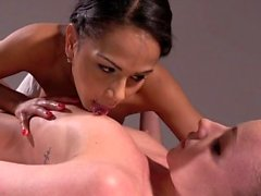 Massage Rooms Lesbiche interrazziali francesi e ceche