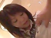 Vacker schoolgirl är en horn guy att knulla för helvete °