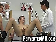 Paciente cachonda conseguir el culo jugueteaba en el médico