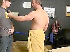 Загрузки гей- групп порно фильмы При мускулистые парень ловит