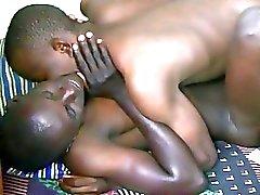 Súplicas africana desde hace más relaciones sexuales