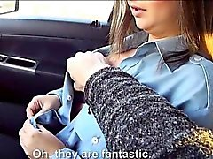 La Toya Uniform twat gebumst im Fahrzeug nach geilem Fremden