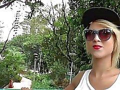 Melzinha transexual Delgado sexuales orales sofocante