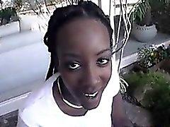 Blowjob von einem schwarzen Küken Outside Brillenkamera