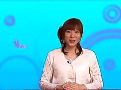 Брызгает азиатские милашка Юма Асами в чулочках