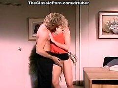 KC Вильямса , Рэнди Уэст в классическом порно видео с горячей