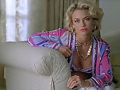 Kelly Carlson - Nip - Tuck seizoen 1 collectie