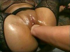 kinky pussy fisted
