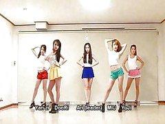 Waveya Koreaanse dans team