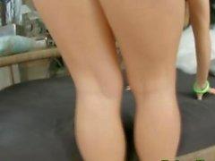 Busty blonde Titten gefickt und leckten
