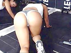 Fetten Esel Heißer Latina Workout Teil 2