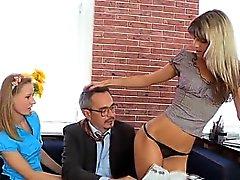 Sexual ухаживая с учителем