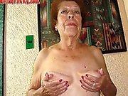 Alte latina Amateure Oma mit big boobs sowie großen Esel