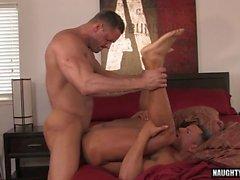 lateinisches Homosexuell Oralsex und abspritzen Segment