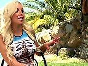 Big-tit blonde deepthroats