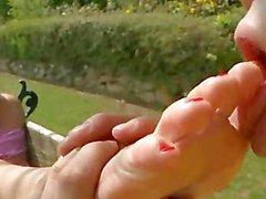 Этот Рыжая любит С помощью ноги