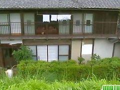 Japanese schätzchen auf einem sexy Unter den Rock geschaut