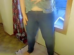 Teen Wetting in Tight Jeans