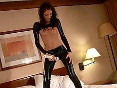 Sexy adolescente masturbándose en la brillo