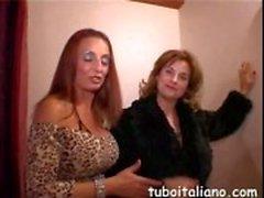 Maturo signore italiana getting freaky alla festa
