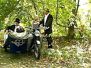 Risteilee ja Crass seikkailuelokuvat - Mecanic girl