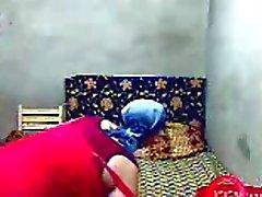 Merde fille musulmane de l'Egypte