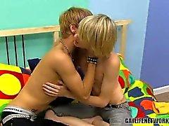Das Saugen sowie Ficken Homosexuell Boys