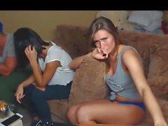 Teen Fångat Stripp på Private Cam