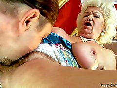 Heavy chested blonde granny Effie gets licked and boned
