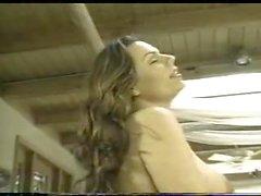 Das vollbusigen Transen eine echte Porno- Schlampe