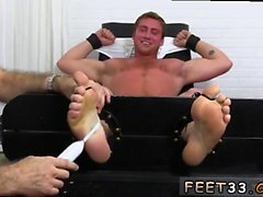 Homo porn vyöhyke euron Connor Maguire Tickled Naken