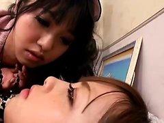 yuko hasegawa asiatico inchiodato con lingerie su