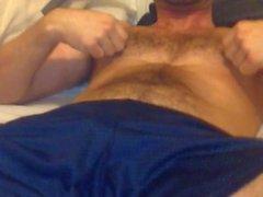Batendo Sexy Otter Obtém 2thePoint e seus Nips e Galo